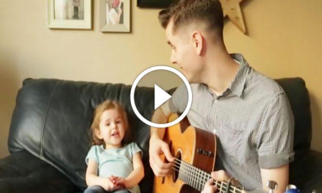 Vater und 4-jährige Tochter singen zusammen ein Duett – Nur Sekunden später: Gänsehaut!